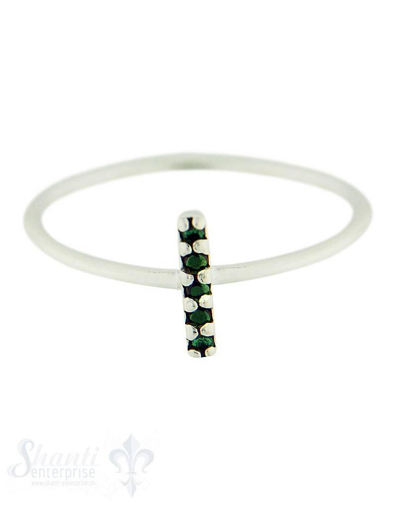Silberring: mit 3 Spinell schwarz und 2 Spinell grün, squer