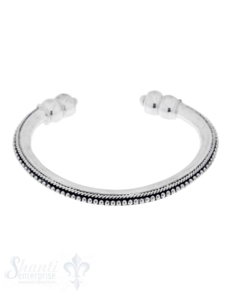 Silberspange: Silber schwer, Punkte eingemittet 12 mm breit