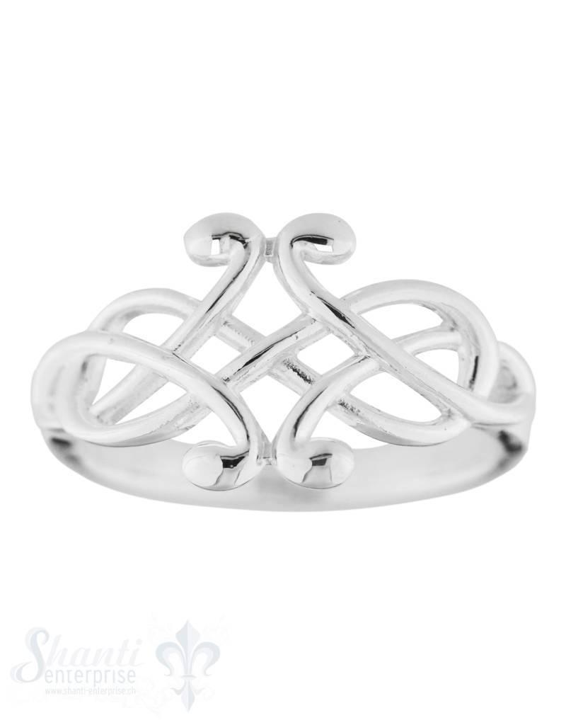 Silberring liegende acht mit Knoten