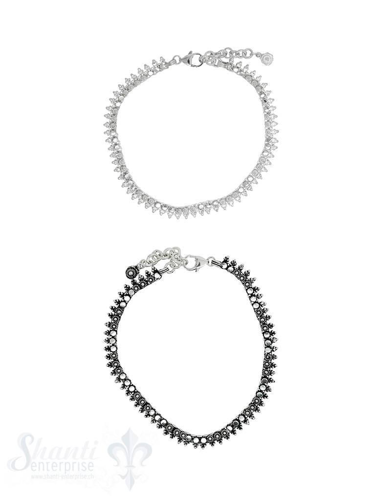 Fussketteli Silber hell reich verziert
