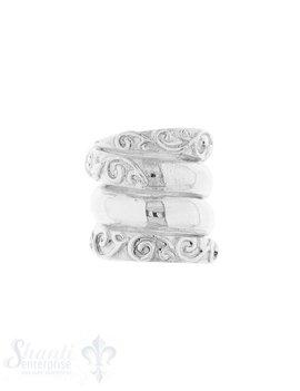 Lederzwischenteil Silber hell Spirale verziert 18x