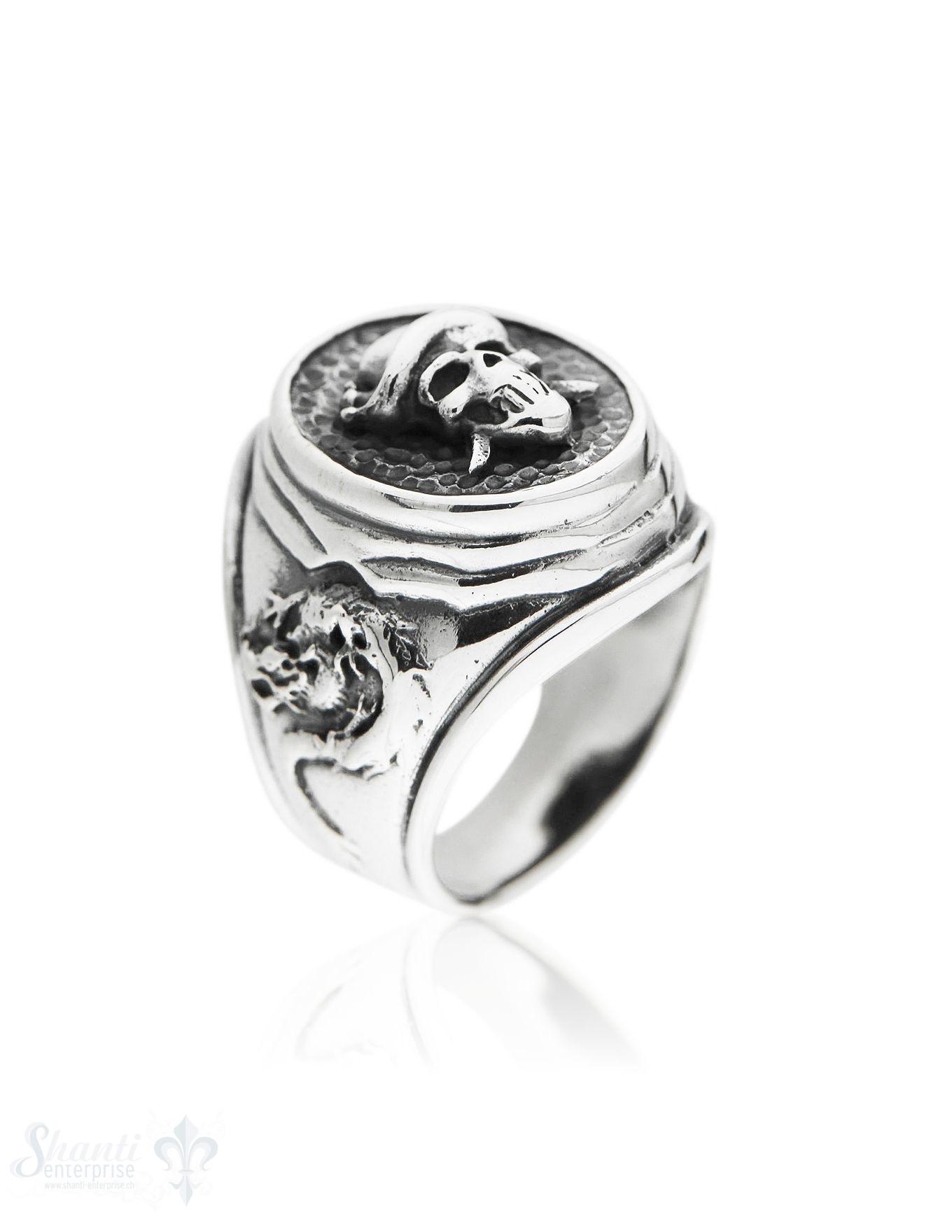 Silberring Siegelring mit Totenkopf erhöht mit Drachen und Anker seitlich geschwärzt