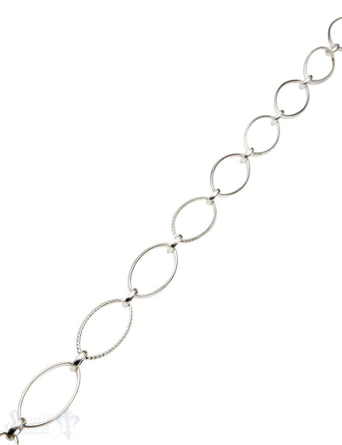 Silberkette 1xoval verziert 23x12 1x rund 6 mm 1x oval 23x12 mm Meter ca. Fr. 94.00 Abschnittlänge wird angepasst Preis per cm