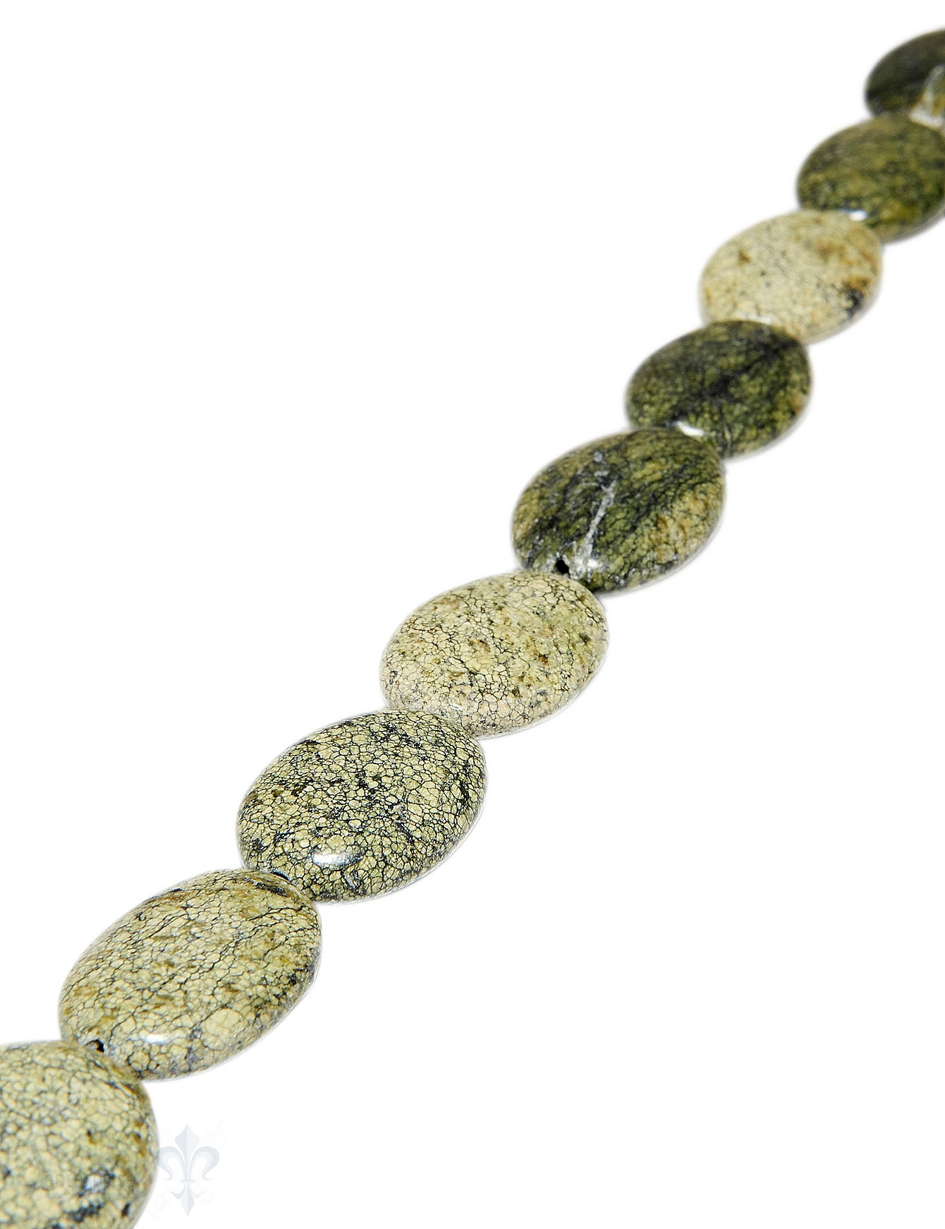 Schlangenjaspis Strang olive poliert Oval 25x18 mm