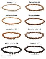 diverse Holz Armbänder auf Elastik