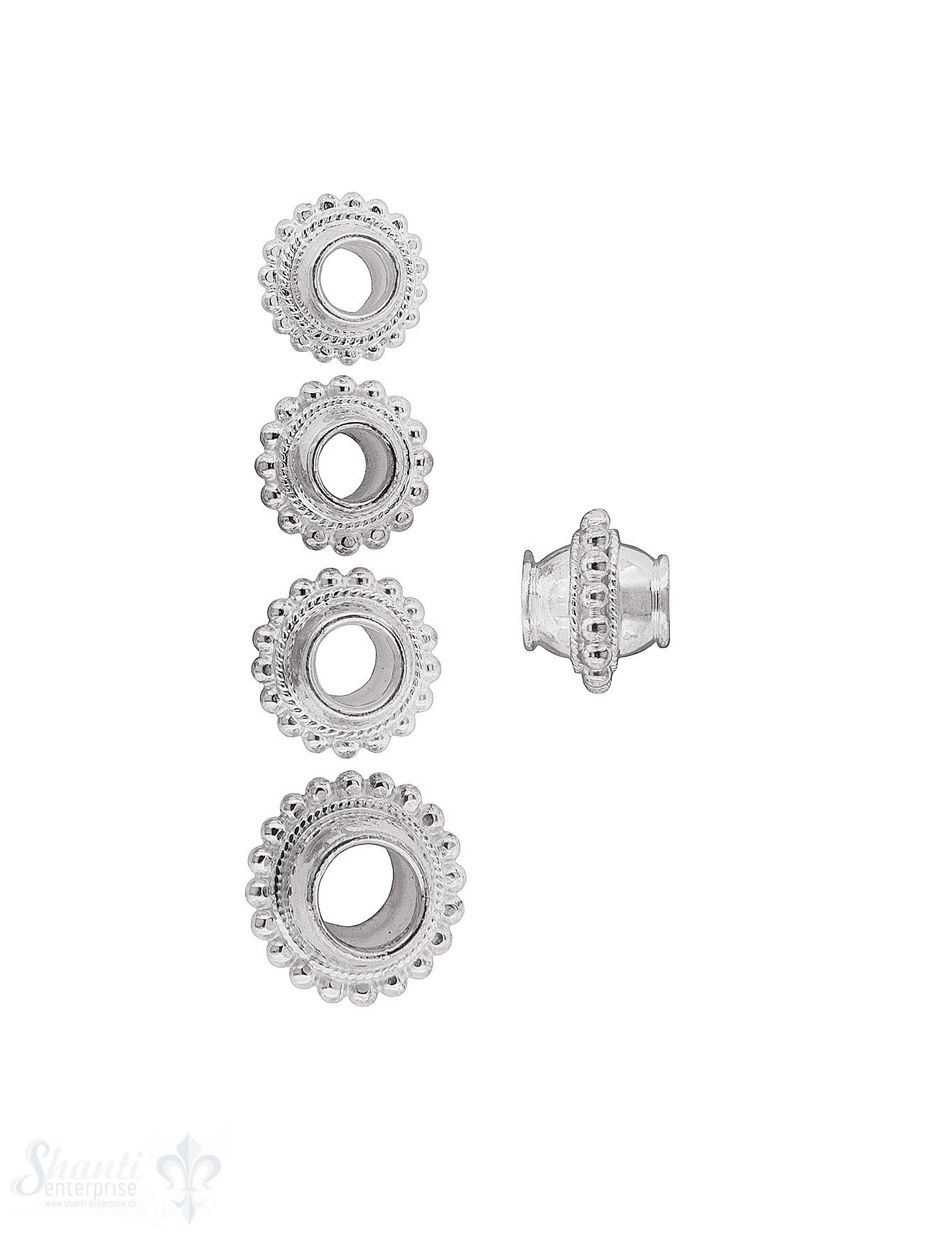 kugelförmiges Element in der Mitte grob gepunktet verziert mit Rand Silber hell