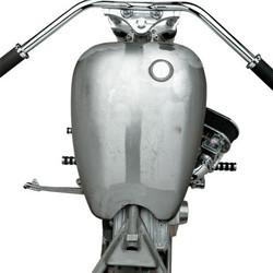 Einteiliger, erweiterter Tank mit glatter Oberfläche