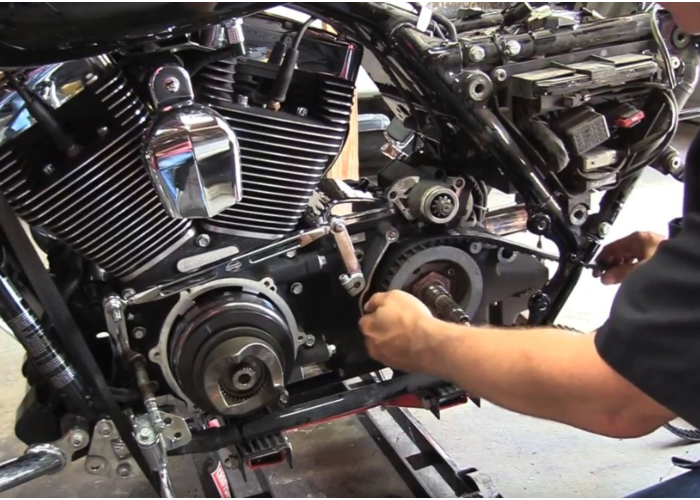 ContiTech Harley Aandrijfriem 135 Tands 20MM