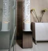 Design staande lamp wit openingen 139cm hoog