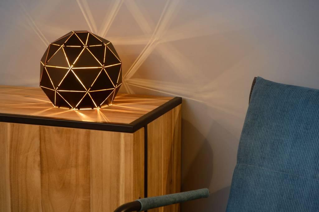 Lampe De Salon Design A Poser Noir Dore Ou Blanc 25 Cm O Myplanetled