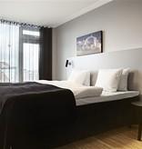 Applique murale design noire, gris ou blanche orientable 270mm haut