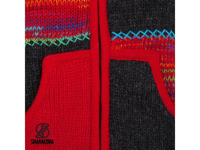 Shakaloha Wollen Patchwork Vest Rood met bontgekleurde vakken.