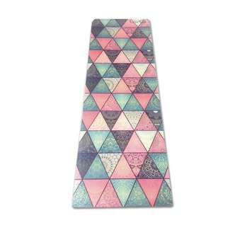 Love Generation Triangles Yogamatte