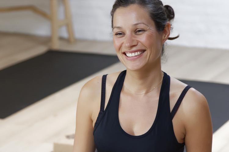 Yogateacher_Manon_Bosman