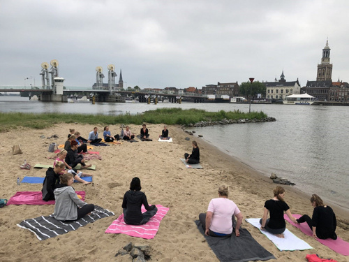 Yogateacher_Annelien van der Weerd_Yogales