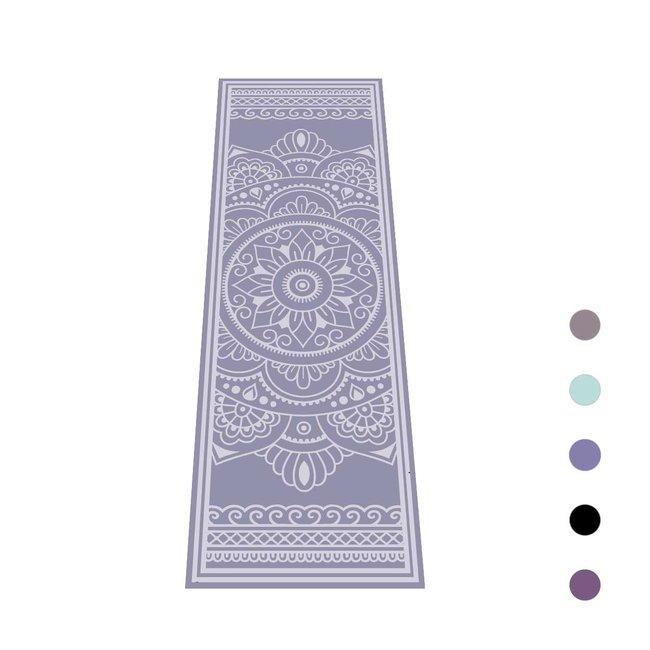 Yogamat Magic Carpet   Lavendel met Indiase Henna Print   Sticky -4 mm   Love Generation