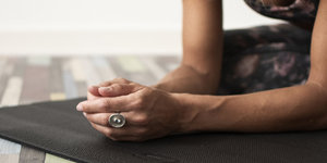 6 tips to maintain your yoga practice!