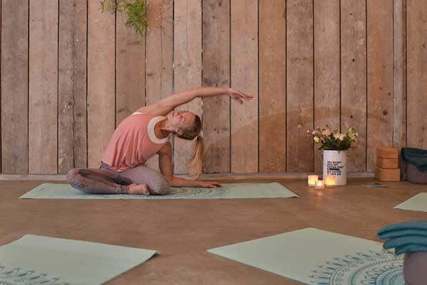 yogateacher_LauraDaamen