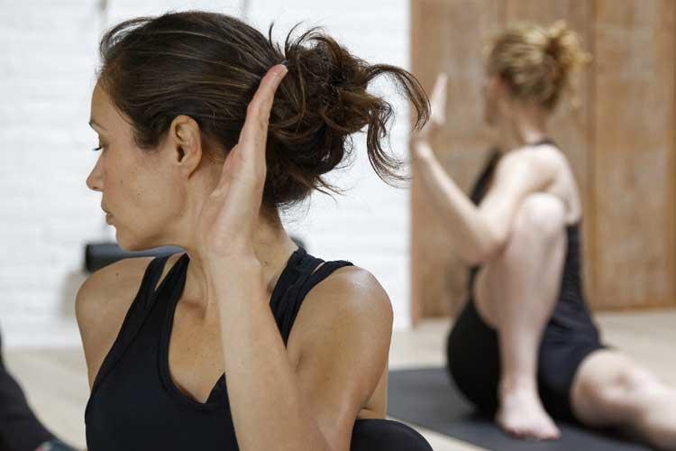 Yogateacher_In_de_spotlight_Manon