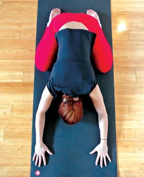 yoga oefeningen voor thuis