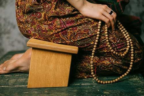 meditation_bench_seiza