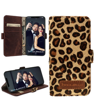 Bouletta Bouletta - iPhone 11 BookCase (Furry Leopard)