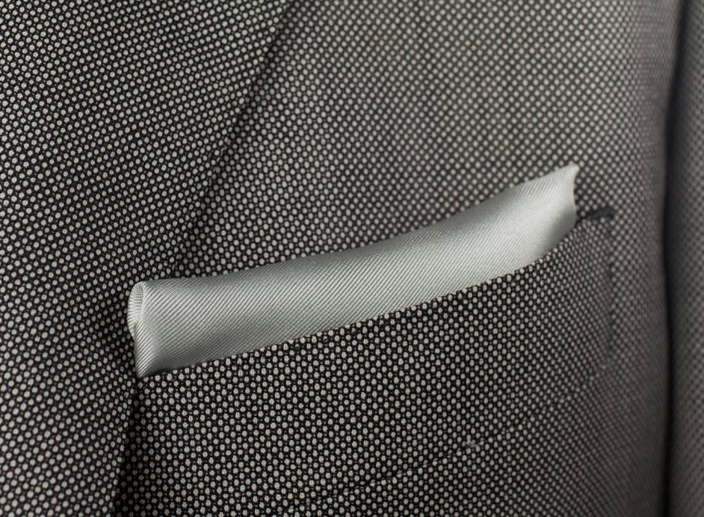 Pochet, zilvergrijs, gemaakt van 100% zijde