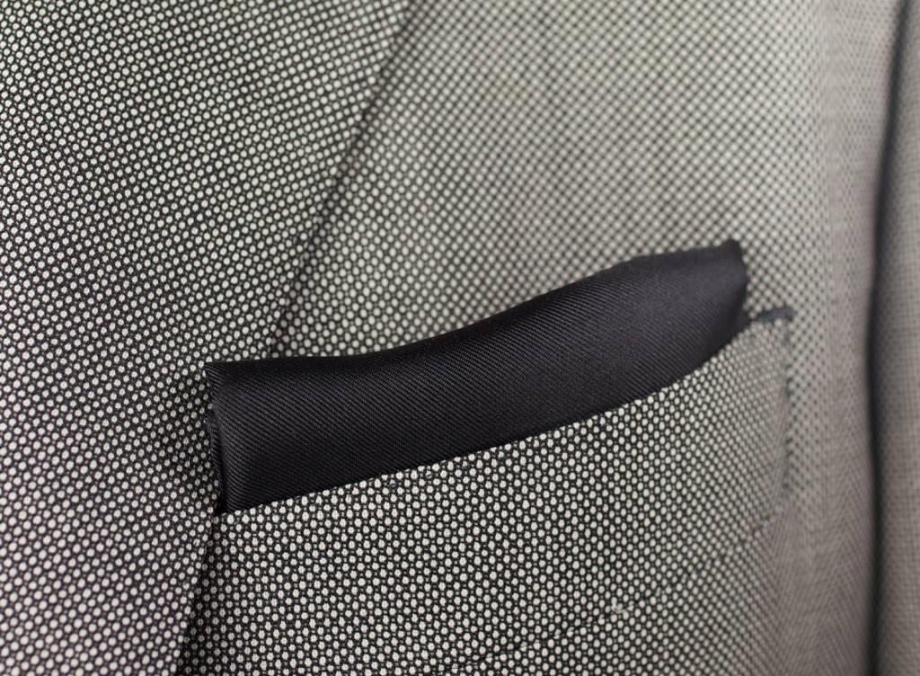 Pochet, zwart, gemaakt van 100% zijde