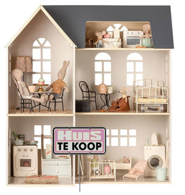 Maileg wooden dollhouse