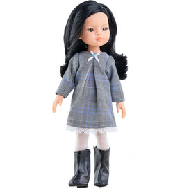 Paola Reina poppen Paola Reina Amigas doll Liu with winter clothing
