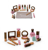 By Astrup for Minikane Make up set hout van By Astrup voor Minikane