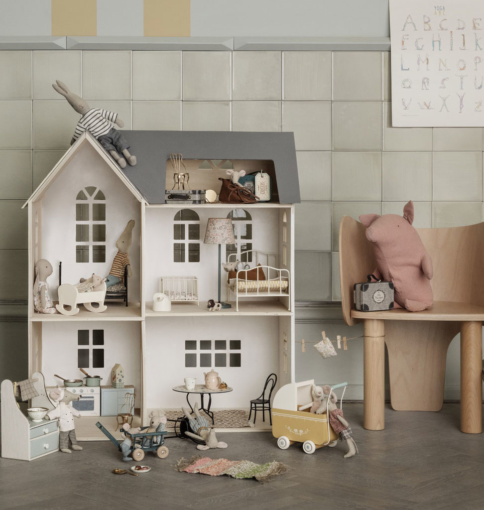 Maileg Maileg houten poppenhuis 80x40x72 cm (hxdxw)