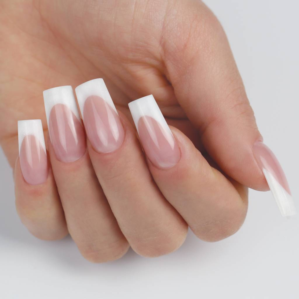 Opleiding Nagelstyliste  & cursussen by  Attitude Nail Carreer & Education