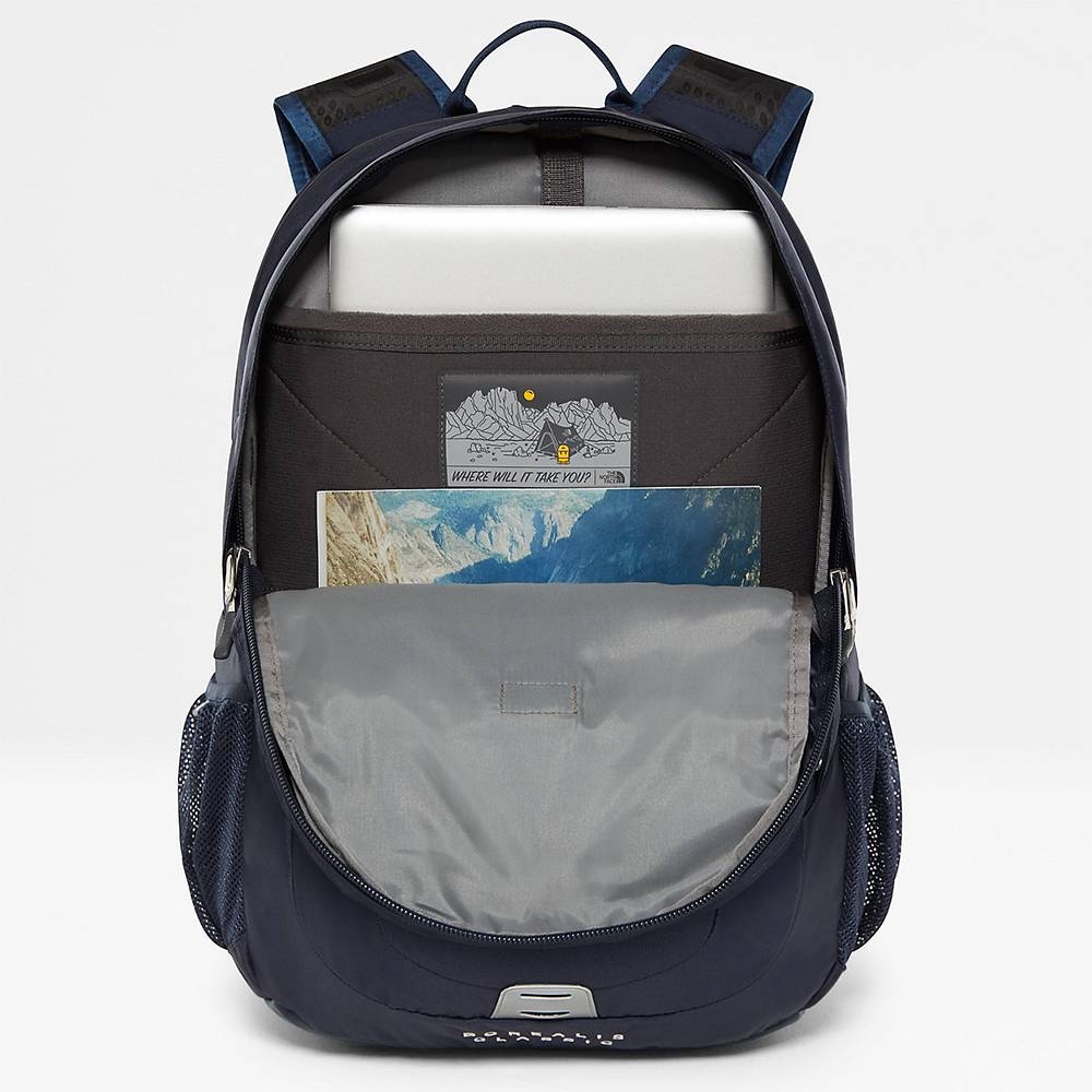 The North Face The North Face Borealis classic Urban navy / Vintage white oersterke rugtas met 15.6 inch laptop vak