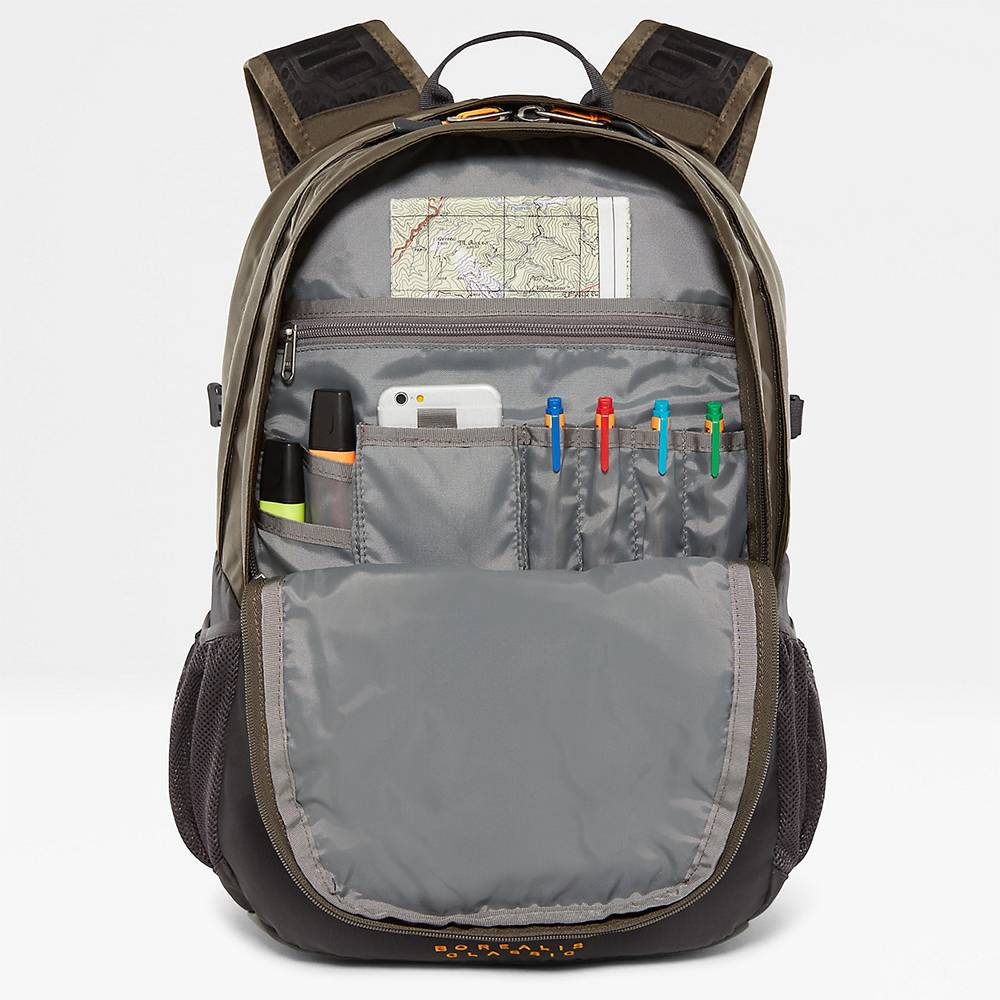 The North Face The North Face Borealis classic New Taupe Green / TNF Black oersterke rugtas met 15.6 inch laptop vak