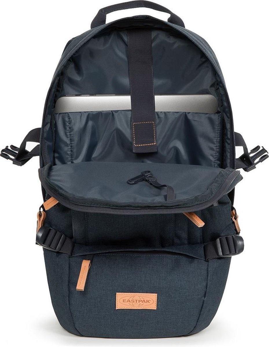 Eastpak Eastpak Floid CS Triple Denim  platte 15.6 inch laptop rugzak