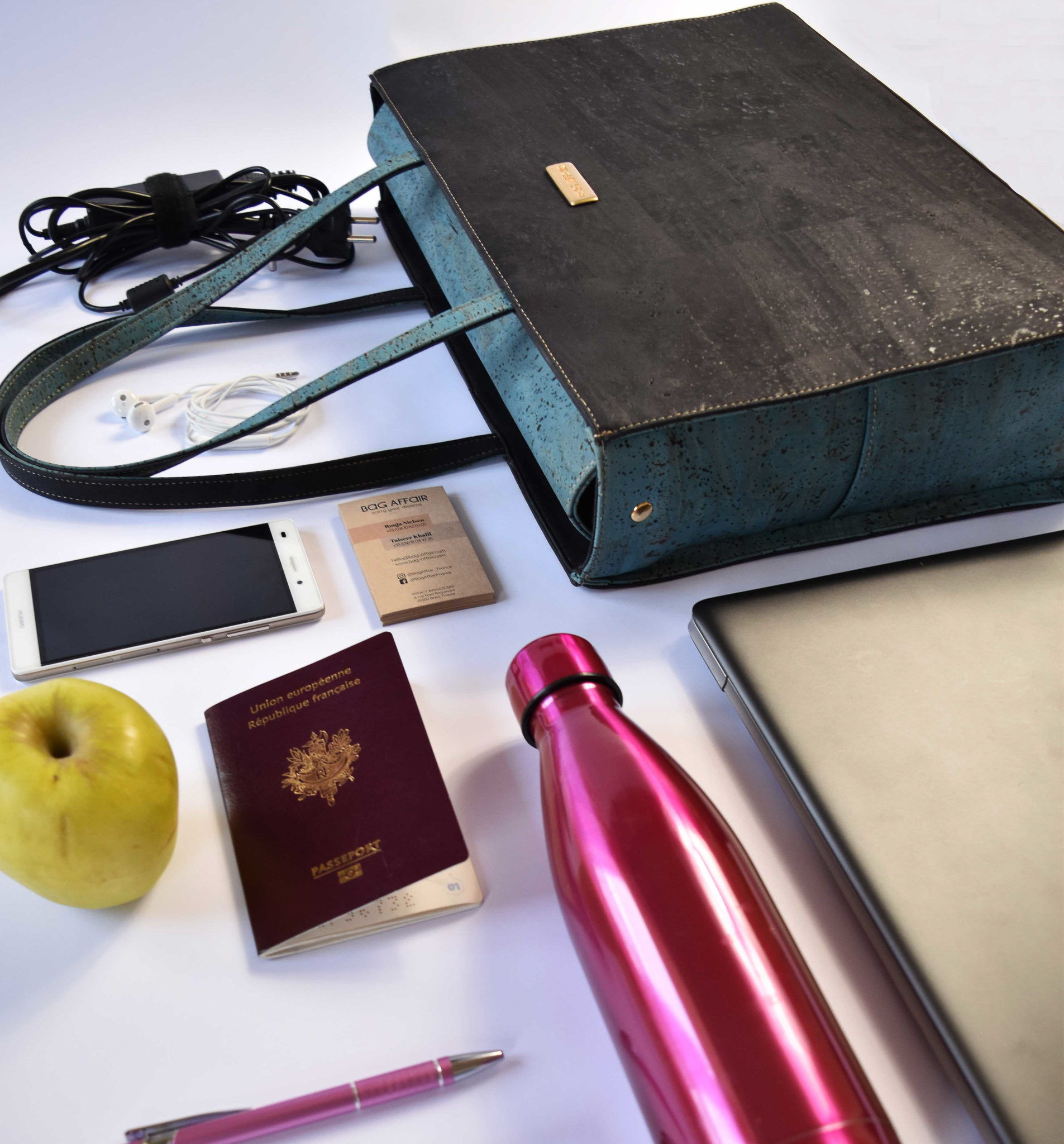 Bag Affair Bag Affair Classy  Businessbag - Gemaakt van kurk - Black / Green