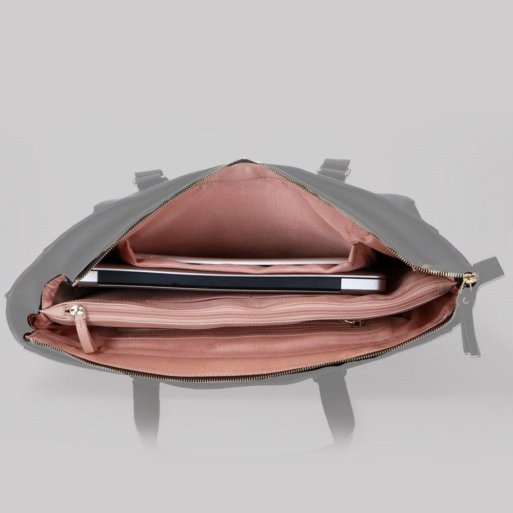 FMME. FMME. Laptop schoudertas Caithy, 15 inch - Zwart Grain Leer
