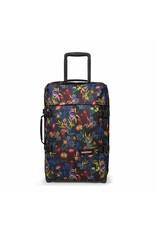 Eastpak Eastpak Tranverz S Trippy Blue Handbagage reistas met trolley en wieltjes