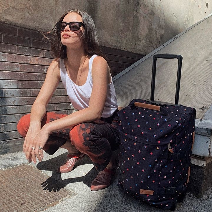 Eastpak Eastpak Tranverz S Super Confetti Handbagage reistas met trolley en wieltjes
