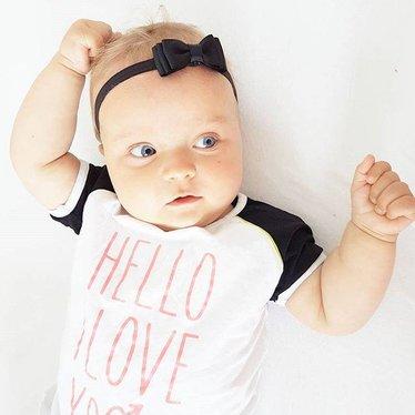 Your Little Miss Zwart baby haarbandje met dubbele strik en dun bandje