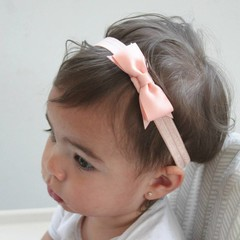 Your Little Miss Baby haarbandje met strik light peach