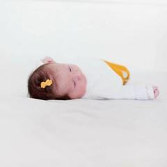 Your Little Miss Okergele baby haarspeldjes met strik
