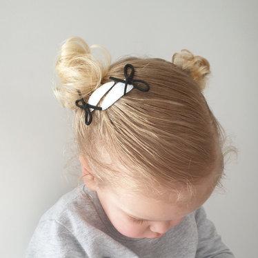 Your Little Miss Setje zwart witte baby haarspeldjes met suede strikje