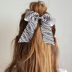 Your Little Miss Haarelastiek met grote strik - grey/white zebra