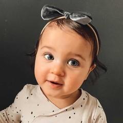 Your Little Miss Baby haarbandje van velvet met strik - dark grey