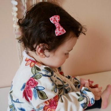 Your Little Miss Baby haarspeldje flower