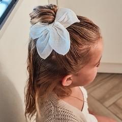 Your Little Miss Haarspeldje met strik large cream linnen