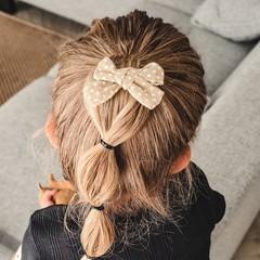 Your Little Miss Baby haarspeldje met dubbele strik - sand dots