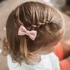 Your Little Miss Baby haarspeldje met strikje - pink leather